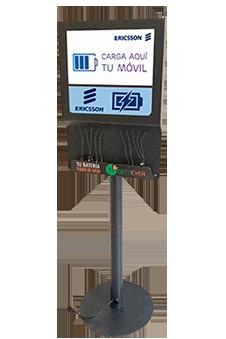 Estación de carga para celulares con pantalla OOH DOOH